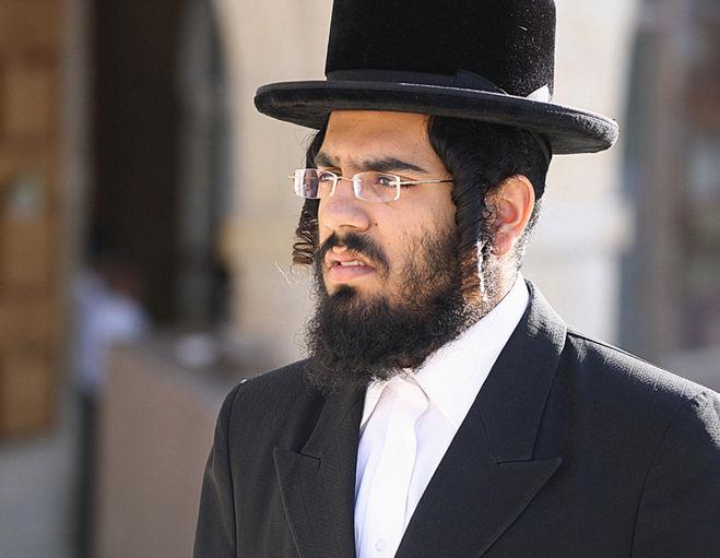 интересное, что фото типичного еврея этот день