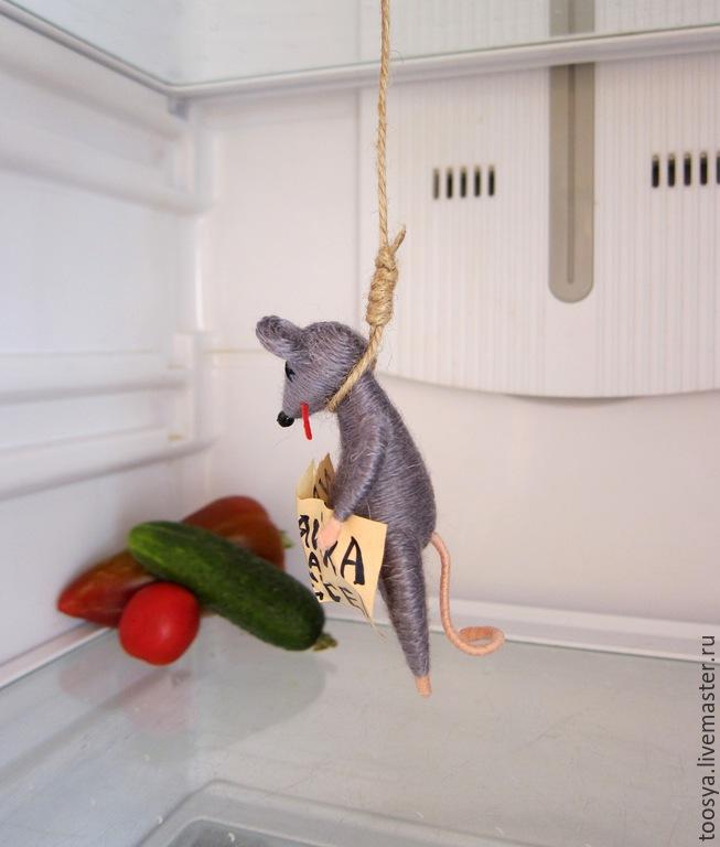 Картинки повесившейся мыши